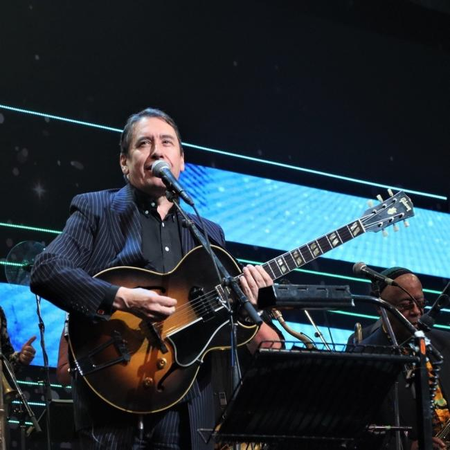 Longstanding friend and performer of the Llangollen International Musical Eisteddfod, Jools Holland wows the crowd with energetic performance on the festival's opening night.