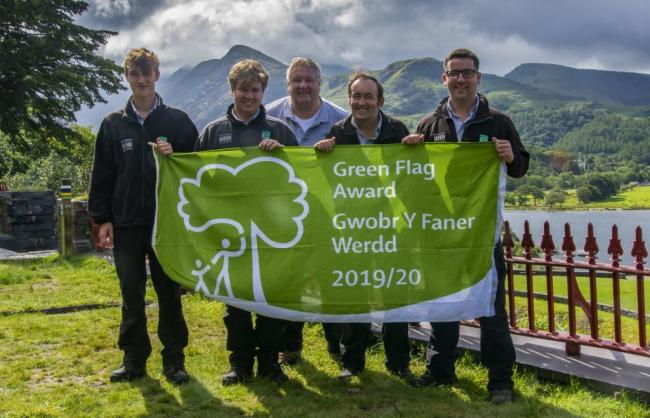 Parc Padarn Staff with the Green Flag