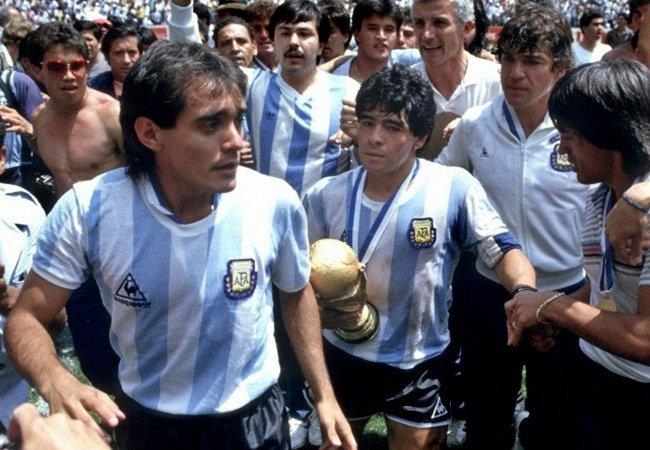 Pedro Pasculli with Diego Maradona at the 1986 World Cup