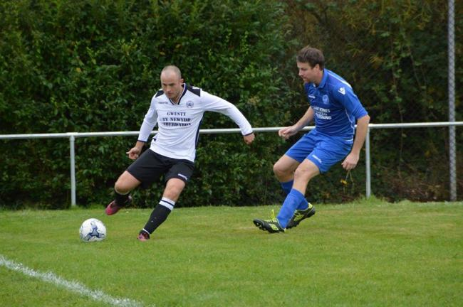 Pwllheli picked up an important win at Llandudno Junction