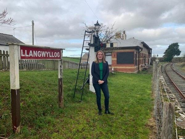 Virginia Crosbie MP at the disused railway station at Llangwyllog