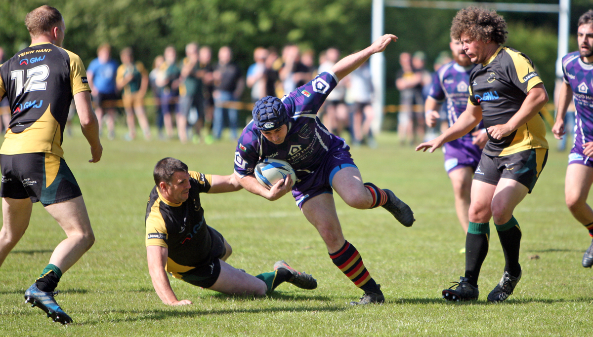 Action from Menai Bridge's defeat to Nant Conwy (Photo: Richard Birch)