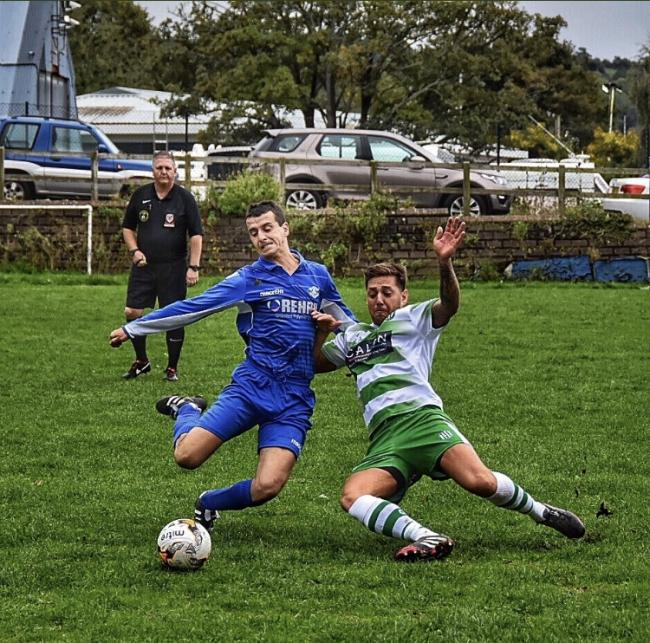 Glan Conwy were narrowly beaten at league-leading Holyhead Hotspur