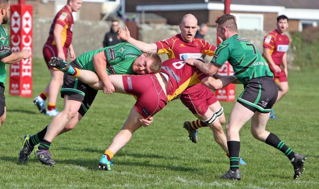 Action from Caernarfon's win over Bro Ffestiniog (Photo by Richard Birch)