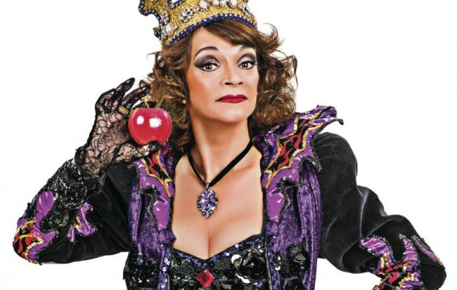 Sue Holderness as the Wicked Queen in Snow White and the Seven Dwarfs